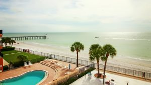Florida Sun Vacation Rentals Mariners Light 3B